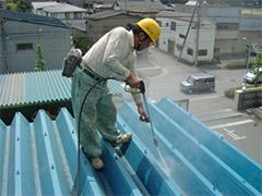 【工場屋根塗装】高圧研磨洗浄.jpg