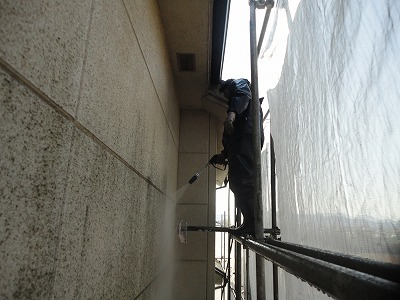 外壁洗浄.jpg