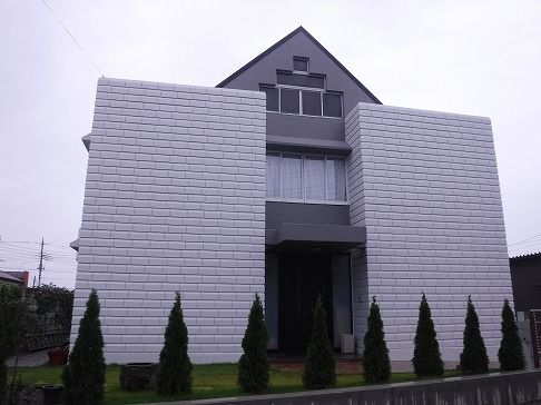 H29.1月 鶴ヶ島市O様邸外壁塗装施工後②.jpg