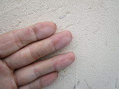 H29.3月戸田市A様邸外壁塗装施工前チョーキング.jpg