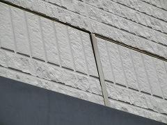 H29.4月坂戸市O様邸外壁・屋根塗装施工前外壁目地