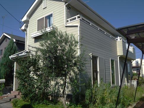 「東松山市今井様邸、外壁塗装を機に淡いベージュの外観にイメージチェンジ!外壁:パーフェクトトップ」サムネイル