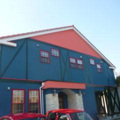 「埼玉県東松山市の今野様邸の外壁はハイパーユメロックとジョリパットインフィニティ∞でこだわりのカラーリングを再現。屋根はサンフロンUVで明るく鮮やかにイメージチェンジ」サムネイル