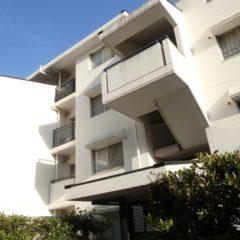 「マンションの屋上防水の耐用年数と費用の相場はどれくらい?」サムネイル