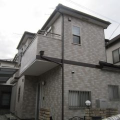 「鴻巣市F様邸 外壁塗装:スーパーセランアクアクリヤー、屋根:カバー工法」サムネイル